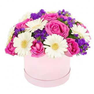 "Цветы в коробке ""Летний Дар"""